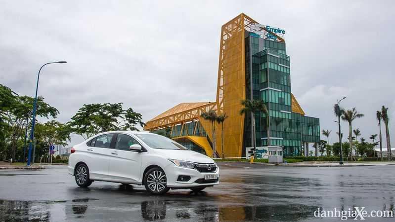 Tại Sao Bạn Nên Mua  Honda City 2018 ?